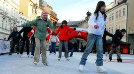 Schlittschuhlaufen an der Moldau