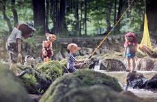 Mit Hurvínek in den Wald