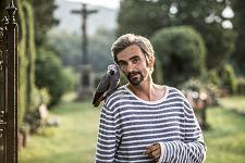 Historische Komplexe und ein Papagei