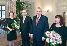 Blumen mit Damhirsch