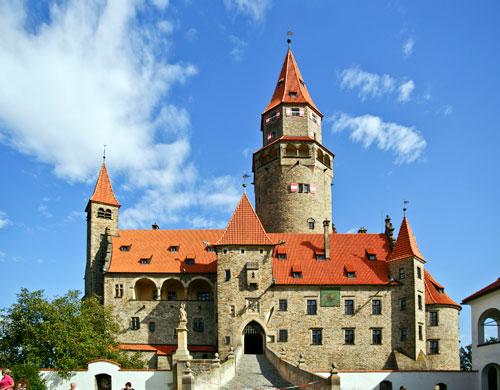 Mit der Rute auf die Burg