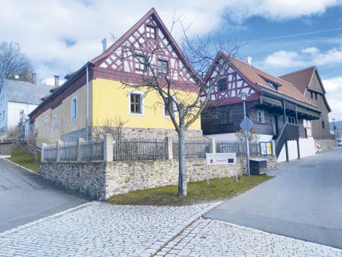 Der historische Sengerhof mit seinem Fachwerk wurde 2007 für Besucher aufwendig restauriert.