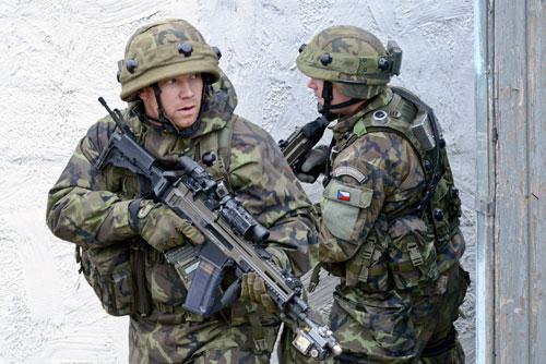 Braucht Tschechien mehr Soldaten?