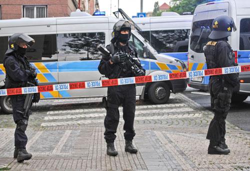 Bewaffnete Einsatzkräfte – mit harten Bandagen wird derzeit auch an der Spitze der Polizei gekämpft.