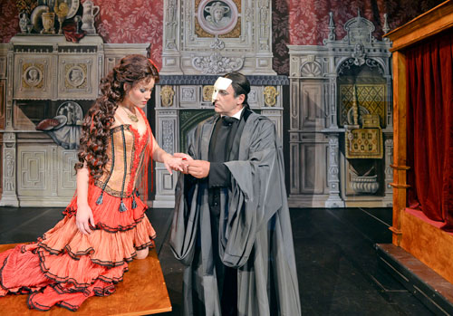 Wo Carmen, Dracula und Mephisto singen und tanzen