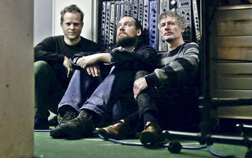 """Das Trio """"Radian"""" macht elektroakustische Musik."""
