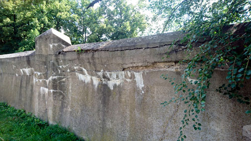 Wind und Wetter setzten der Mauer in den vergangenen Jahren zu.