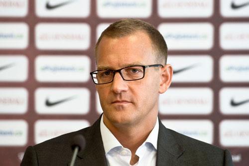 Fußballfunktionär oder Kunstkenner: Daniel Křetínský findet für jeden Gesprächspartner den richtigen Blick und die richtigen Worte.