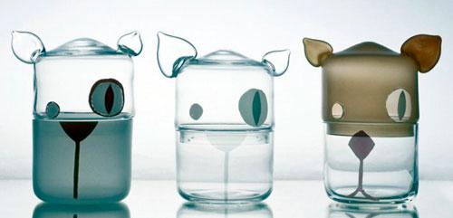 Ausgefallene Gläser gibt es beim Designmarkt in Zlín.