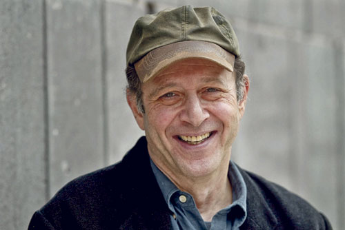 Der US-amerikanische Komponist Steve Reich hat sich vor allem im Bereich Minimal Music einen Namen gemacht.