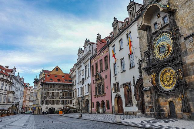 Südseite des Altstädter Rathauses und angrenzende Gebäude © Jorge Láscar, CC BY 2.0