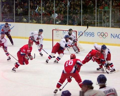 Am 22. Februar 1998 standen sich Tschechien und Russland im olympischen Eishockey-Finale gegenüber. © Canadaolympic989, CC BY-SA 3.0