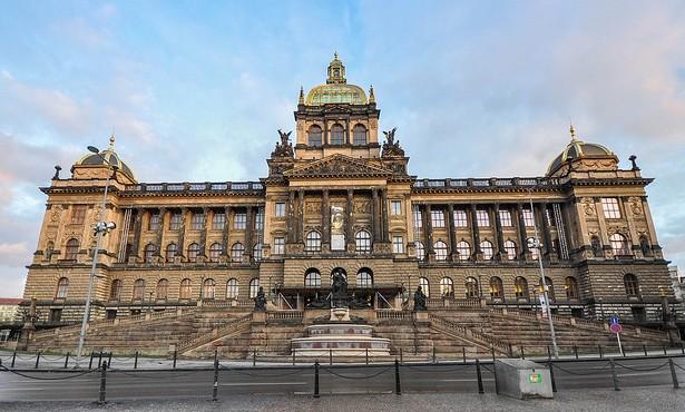 Das Gebäude des Nationalmuseums vor der Renovierung im März 2009 © Jorge Láscar, CC BY 2.0