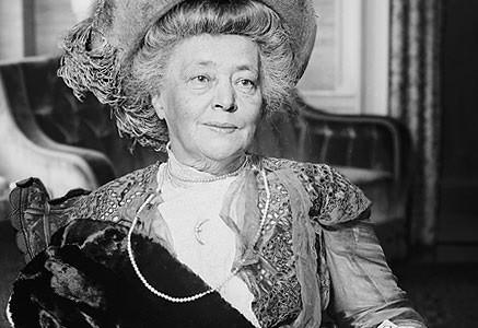 Bertha von Suttner wurde 1905 als erste Frau mit dem Friedensnobelpreis ausgezeichnet.