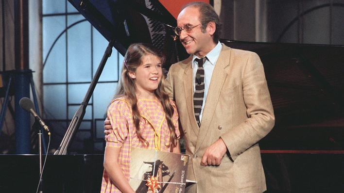 Alfred Biolek mit Anke Engelke in der Musikshow >Bio's Bahnhof< (1980) © WDR Fernsehen