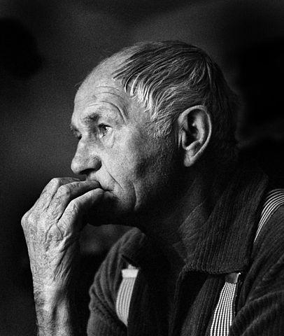 Bohumil Hrabal, 1988 © Hana Hamplová, CC BY-SA 3.0