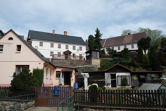 07-Häuser in Zubrnice heute_opt(1)