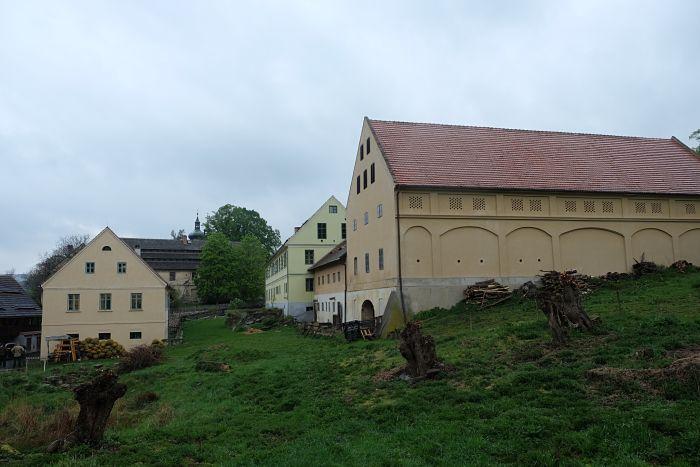 17-Häuser in Zubrnice_opt(1)