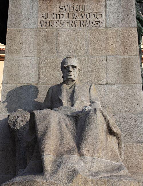 24-Palacký-Denkmal von Sucharda-11_opt