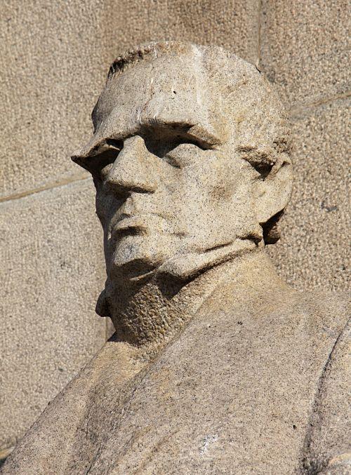 29-Palacký-Denkmal von Sucharda-16_opt