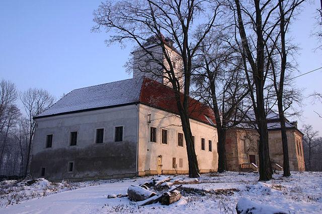 640px-Lobkovice_in_winter_AlexandredeRidder_BYSA40