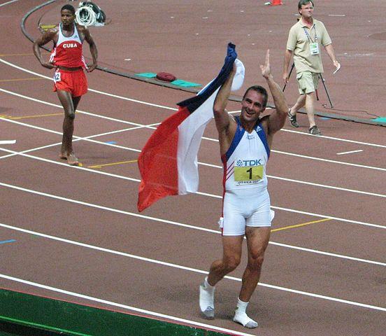 552px-Roman_Seberle_IAAF_2007_Osaka_gold_medal