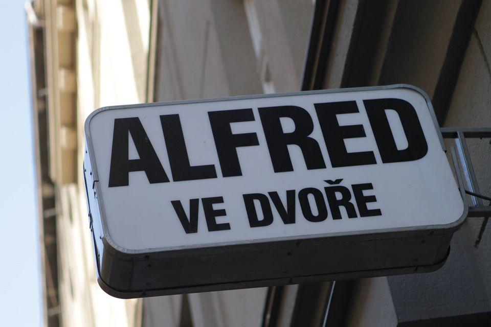alfredveDore